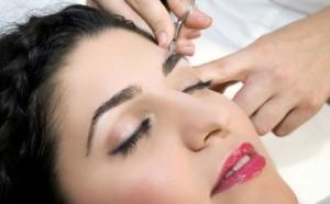 Lectii de cosmetica ca la salon